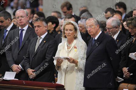 Armand De Decker, Patrick Dewael, Queen Paola, King Albert, Herman Van Rompuy.