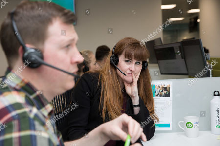 Stock Image of SMB Minister Kelly Tolhurst MP, joined the team operating the 'MTD Hotline' at Intuit QuickBooks' new London offices today, to help answer questions from small business owners calling in to the free phone helpline to understand how the biggest change to tax compliance in a generation will impact their business.