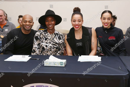 Brandon Victor Dixon, Damaris Lewis, Jackie Aitken and Samantha Berger (Radio City Rockettes)