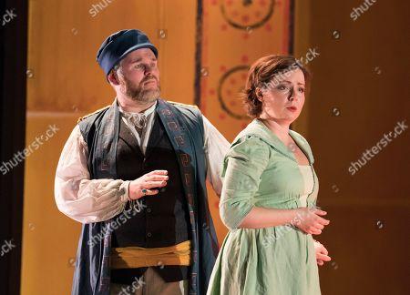 Stock Image of Christopher Turner as Idomeneo, Galina Averina as Ilia
