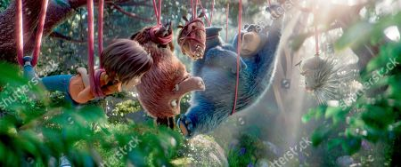 L-r, June, Greta, Cooper, Boomer and Steve in a scene from the animated film, WONDER PARK by Paramount Animation and Nickelodeon Movies
