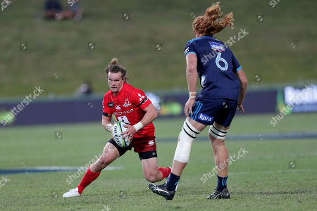 Michael Little (L) of the Sunwolves in action against Tom Robinson (R) of the Blues during the Super Rugby match between Blues and Sunwolves in at the North Harbour Stadium in Auckland, New Zealand, 09 March 2019.