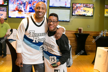 Former Duke point guard Jay Williams joined Dove Men+Care to give Carolina and Duke fans the limited-edition Tobacco Road #REPtheRIVALRY Jersey at Tobacco Road Sports Cafe, uniting rivalry fans in advance of the famous Carolina, Duke rivalry game on in Chapel Hill, N.C