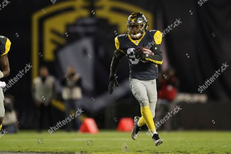Stock Picture of San Diego Fleet defensive back Ron Brooks (33) has a big punt return in the second half to during a Salt Lake Stallions at San Diego Fleet AAF football game, at SDCCU Stadium in San Diego