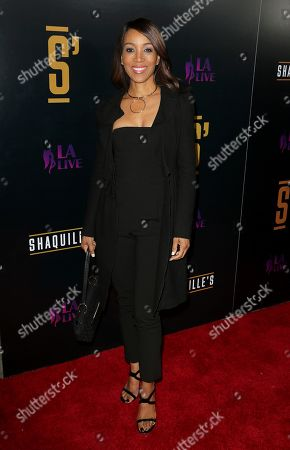 Shaun Robinson arrives at the Grand Opening of Shaquille's at LA Live, in Los Angeles