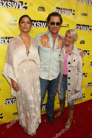 "Matthew McConaughey, Camila Alvez, Kay McConaughey. Matthew McConaughey, his wife, Camila Alvez, left, and his mother, Kay McConaughey arrive for the world premiere of ""The Beach Bum"" at the Paramount Theatre during the South by Southwest Film Festival, in Austin, Texas"