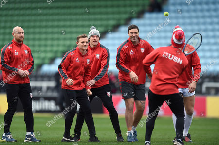 Gloucester players including Willi Heinz, Callum Braley, Jason Woodward and Matt Banahan play games prior to the match