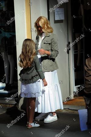 Valeria Mazza and daughter Taina