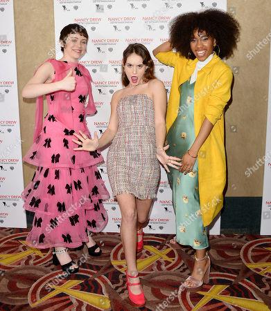 Sophia Lillis, Mackenzie Graham, and Zoe Renee