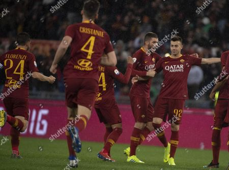 Roma's Stephan El Shaarawy (R) celebrates with his teammates after scoring the 1-0 goal during the Italian Serie A soccer match AS Roma vs Empoli FC at the Olimpico stadium in Rome, Italy, 11 March 2019.