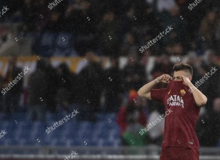 Roma's Stephan El Shaarawy celebrates after scoring the 1-0 goal during the Italian Serie A soccer match AS Roma vs Empoli FC at the Olimpico stadium in Rome, Italy, 11 March 2019.