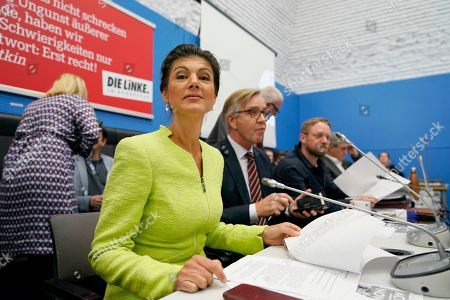Sahra Wagenknecht (2-L), Co- chairwoman of the parliamentary group of The Left (Die Linke) party in the Bundestag sits next to the co-chairman Dietmar Bartsch (3-L) prior to the Bundestag faction meeting of The Left in Berlin, Germany, 12 March 2019. Wagenknecht announced on 11 March 2019 that she does not want to run for the position of chairwoman of the parliamentary group again. Earlier she quit the leadership of the German left-wing movement 'Stand Up' that she co-founded in September 2018. According to media reports, Wagenknecht is said to have given health reasons for the withdrawal from these two leading positions.
