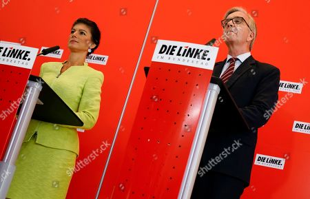 Sahra Wagenknecht (L), co-chairwoman of the parliamentary group of The Left (Die Linke) party in the Bundestag speaks next to co-chairman Dietmar Bartsch (R) during a press statement prior to the Bundestag faction meeting of The Left in Berlin, Germany, 12 March 2019. Wagenknecht announced on 11 March 2019 that she does not want to run for the position of chairwoman of the parliamentary group again. Earlier she quit the leadership of the German left-wing movement 'Stand Up' that she co-founded in September 2018. According to media reports, Wagenknecht is said to have given health reasons for the withdrawal from these two leading positions.
