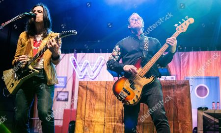 Brian Bell and Scott Shriner of Weezer