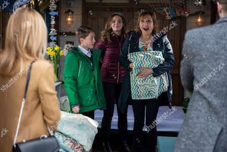 Ep 8430 Thursday 28th March 2019 - 2nd Ep Laurel Thomas, as played by Charlotte Bellamy, Gabby Thomas, as played by Rosie Bentham, Arthur Thomas, as played by Alfie Clarke