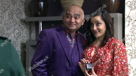 Ep 8426 & Ep 8427 Tuesday 26th March 2019 Rishi Sharma, as played by Bhasker Patel, Manpreet, as played by Rebecca Sarker
