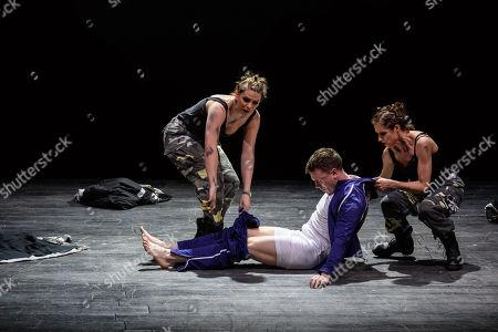 Katie Stevenson (Third Lady), Susanna Hurrell (First Lady), Rupert Charlesworth (Tamino)
