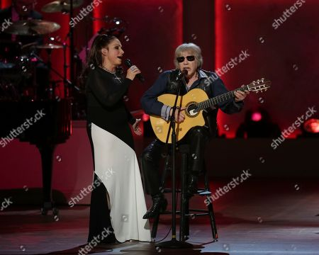 Gloria Estefan, Jose Feliciano. Award recipient Gloria Estefan, left, and musician Jose Feliciano perform on stage during the Library of Congress Gershwin Prize tribute concert held at DAR Constitution Hall, in Washington