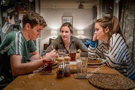 Art Parkinson as Rob, Morven Christie as Lisa Armstrong and Imogen King as Abbie