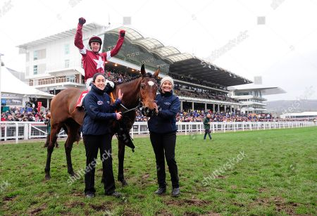 CHELTENHAM. TIGER ROLL and Keith Donoghue win for trainer Gordon Elliott for the 4th time at the Festival with grooms Karen Morgan and Louise Magee.