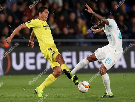 Carlos Bacca of Villarreal and Wilmar Barrios of Zenit St Petersburg26