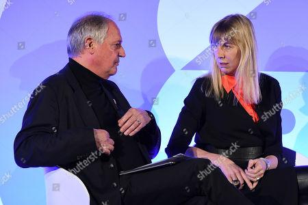Paul Polman (Chief Executive Office of Unilever) (Chief Executive Office of Unilever) (Chief Executive Office of Unilever) (Chief Executive Office of Unilever) (Former CEO, Unilever), Caroline Casey (Founder, Valuable)