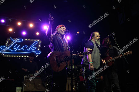 Willie Nelson, Steve Earle and Micah Nelson