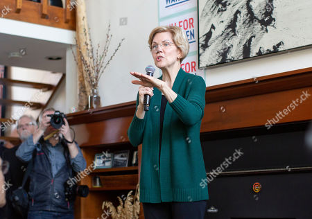 Democratic candidate for United States President Elizabeth Warren addresses a group of voters at the home of Jim and Liz Smith, during a campaign stop in Salem, New Hampshire, USA, 15 March 2019.