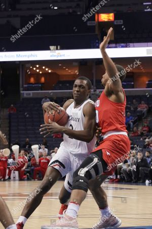 Cincinnati guard Keith Williams tries to get past SMU defender Jarrey Foster in the second half of an NCAA college basketball game at the American Athletic Conference men's tournament, in Memphis, Tenn