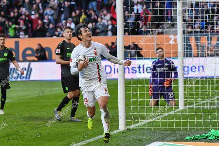 goalkeeper Michael Esser (Hannover 96 #23) ist geschlagen, Ja-Cheol Koo (FC Augsburg #19) celebrates das Freistossgoal of  Jonathan Schmid (FC Augsburg #17), FC Augsburg - Hannover 96, Football, Bundesliga, 16.03.2019 DFL REGULATIONS PROHIBIT ANY USE OF PHOTOGRAPHS AS IMAGE SEQUENCES AND/OR QUASI-VIDEO