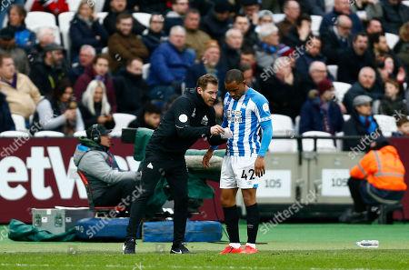 Huddersfield Town manager Jan Siewert Jason Puncheon of Huddersfield Town