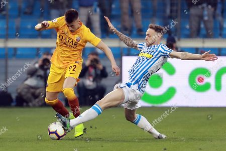 Spal's Manuel Lazzari  (R) and Roma's Stephan El Shaarawy  (R) in action during the Italian Serie A soccer match S.P.A.L. vs AS Roma at Paolo Mazza Stadium in Ferrara, Italy, 16 March 2019.