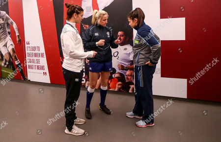 England Women vs Scotland Women. England's Sarah Hunter and Scotland's Lisa Thomson with referee Joy Neville at the coin toss