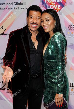 Lionel Richie and Lisa Parigi