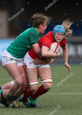 Gwen Crabb of Wales takes on Claire Molloy of Ireland and Enya Breen of Ireland