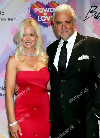 Stock Picture of John O'Hurley, Lisa Mesloh