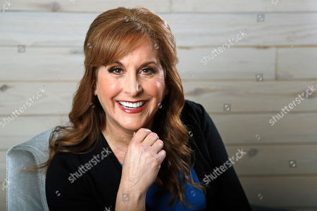 """Jodi Benson, Lucie Silvas. This, photo shows Jodi Benson, the voice of Ariel from the Disney animated film, """"The Little Mermaid,"""" poses in Nashville, Tenn. The film, celebrating its 30th anniversary this year, also had a big role in making Disney into an animation juggernaut. Many believe we'd never have Anna and Elsa from """"Frozen"""" without first having Ariel"""