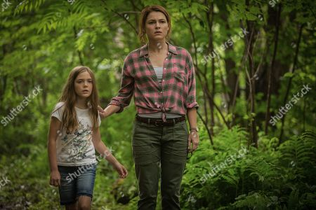 Jete Laurence as Ellie Creed and Amy Seimetz as Rachel Creed