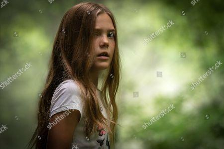 Jete Laurence as Ellie Creed