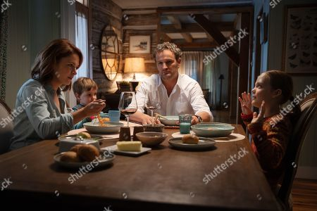 Amy Seimetz as Rachel Creed, Hugo Lavoie as Gage Creed, Jason Clarke as Louis Creed and Jete Laurence as Ellie Creed
