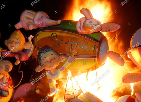 Ninots Burning