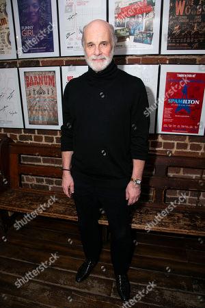 David Rintoul (Peter Linitsky)