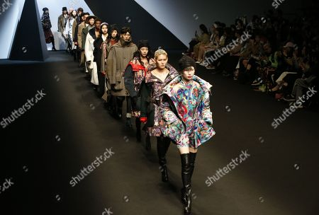 Models present exhibit by South Korean designer Park Youn-Soo of BIG PARK during the Fall/Winter 2019 Seoul Fashion Week at the Dongdaemun design Plaza in Seoul, South Korea, 20 March 2019. The fashion week runs from 19 to 24 March.