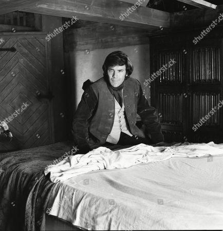 David Warbeck as Anton Hoffer