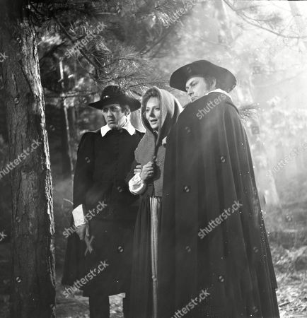 Kathleen Byron as Katy Weil and Kenneth Gilbert as Puritan