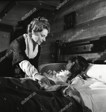 Kathleen Byron as Katy Weil and Mary Collinson as Maria Gellhorn