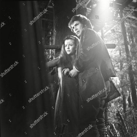 Mary Collinson as Maria Gellhorn and David Warbeck asAnton Hoffer