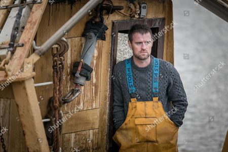 Jonas Armstrong as Sean