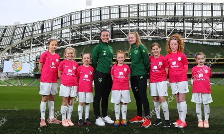 Media personality and mum of three Yvonne Connolly and her daughter Ali Keating officially kicked off the Aviva Soccer Sisters Easter Football Festival this morning at Aviva Stadium alongside Ireland international players Niamh Farrelly and Isibeal Atkinson. This year's programme has been revamped, now offering FREE camps over the Easter period (15th ñ 26th April) for girls aged between 6 ñ 14 years old. Over 6,000 girls from clubs around the country are expected to take part. See soccersisters.ie or #SafeToDream for details. Pictured today is Niamh Farrelly and Isibeal Atkinson with (L-R) Isabelle Weber (11), Pixie Roche (8), Caiomhe Nannery (8), Eden Murphy (9), Ciara Purcell (12), Ava Cummins (11) and Penny Roche (7)