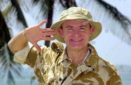 Entertainer Bobby Davro Army Uniform Arrives Oman Editorial